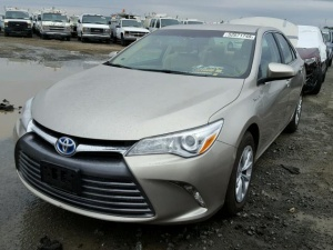 TOYOTA CAMRY LE HYBRID 2017